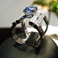 Caterina-anello-oro-bianco-con-zaffiro-e-brillanti